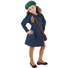 WW2 Evacuee Girl